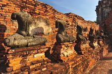Free Headless Buddha Ruins Royalty Free Stock Photo - 19106595