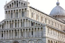 Free Duomo Cathedral  In Pisa, Italy Royalty Free Stock Image - 19108856