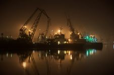Free Cranes At Midnight In The Calm Bay Royalty Free Stock Photos - 19109528