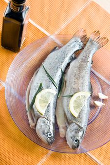 Free Trout Fish Healthy Food With Lemon Stock Photography - 19119672