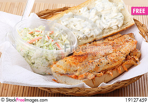 Free Fish Fillet Sandwich Royalty Free Stock Images - 19127459