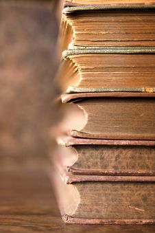 Free Stack Of Old Books Stock Photography - 19120992