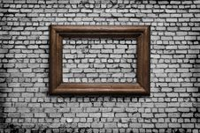 Free Old Wall With A Scope Royalty Free Stock Photos - 19130908