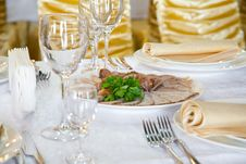 Free Banquet Table Royalty Free Stock Photo - 19132695