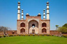 Free Sikandra Gate Royalty Free Stock Photo - 19135905