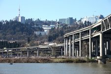 The I-5 Overpass & The Willamette River Stock Photos