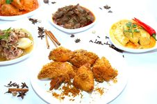 Free Tasty Padang Dishes Royalty Free Stock Photos - 19147668
