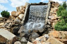 Free Artificial Waterfall Royalty Free Stock Photos - 19157688