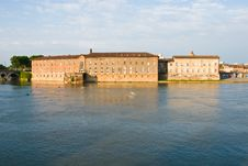 Free Garonne River And Historic Building Stock Photography - 19159202