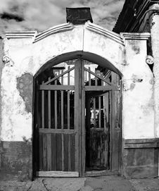 Free Vintage Entrance To An Old House Stock Photography - 19160812