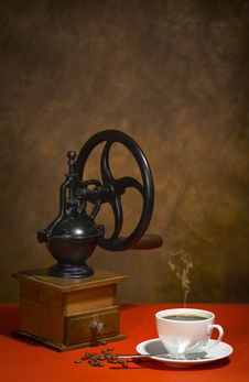 Free Coffee Grinder Royalty Free Stock Photos - 19163308