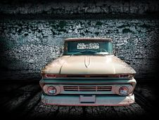Free Old Car Picture Royalty Free Stock Image - 19163776