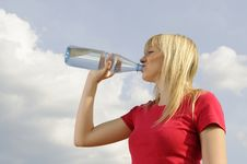 Free Young Woman Drinking Water Royalty Free Stock Photo - 19166195