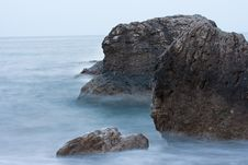 Free Rocks In The Sea Royalty Free Stock Images - 19166479