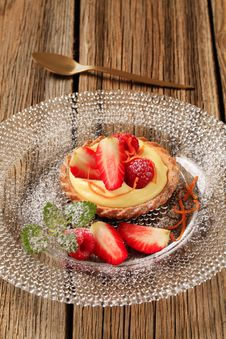 Fruit Tart With Pudding Stock Images