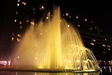 Free Exploding Fountains Royalty Free Stock Photos - 19169008