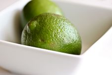 Free Limes In Bowl Stock Photography - 19177542