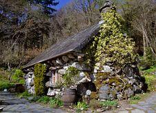 Free Stone House, Old Stock Photo - 19177600