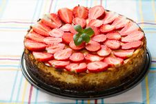 Free Strawberry Cheesecake Stock Photo - 19183340
