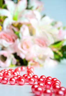 Free Red Beads Royalty Free Stock Photos - 19184058