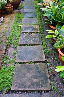 Free Stone Path Stone Royalty Free Stock Photo - 19189135