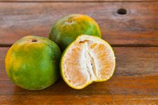 Free Orange On The  Tabal Royalty Free Stock Images - 19190769