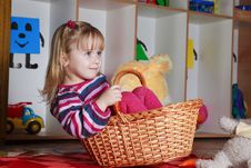 Free Little Girl With Basket Royalty Free Stock Photo - 19191425