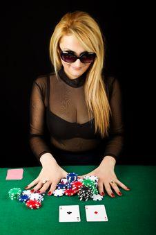 Free Sexy Blond Playing Poker Stock Image - 19191541