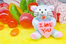 Free Cake With Fruits And Little Bear Decoration Royalty Free Stock Images - 19191579
