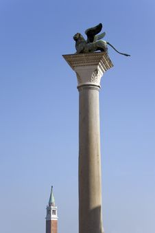 Free Winged Lion On The Column In Venice Royalty Free Stock Image - 19191816