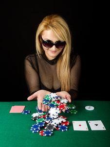 Free Sexy Blond Playing Poker Stock Photo - 19191960