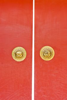 Free Chinese Red Wooden Door Royalty Free Stock Photos - 19191978