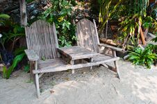 Free Wooden Chair Royalty Free Stock Images - 19193489