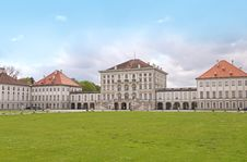 Free Nymphenburg Castle Royalty Free Stock Photography - 19196177