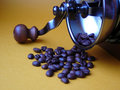 Free Coffee Grinder And The Scattered Grains Royalty Free Stock Images - 1920999