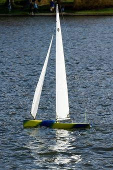 Free Model Sailing Yacht Royalty Free Stock Photos - 1920098