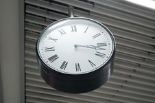 Free Roman Numerals Clock Stock Images - 19202484