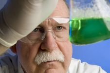 Free Chemist Working With Chemicals Stock Photography - 19205162