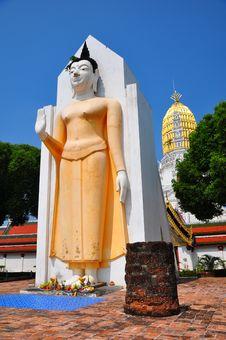 Free Buddha Statue Royalty Free Stock Photo - 19206115