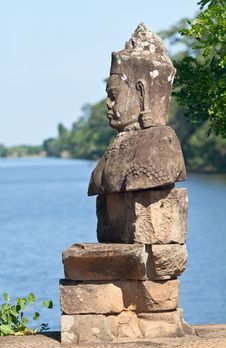 Free Angkor Statue Royalty Free Stock Photos - 19210528