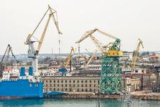 Free Powerful Shipbuilding Shipyard Stock Photography - 19212132