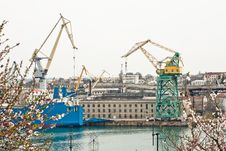 Free Powerful Shipbuilding Shipyard Stock Photography - 19212292