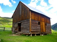 Free Log Cabin Stock Photos - 19213213
