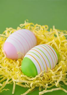 Free Easter Eggs In Yellow Nest Royalty Free Stock Photo - 19217695