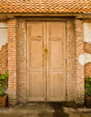 Free Grunge Door And Brickwall Stock Image - 19221351