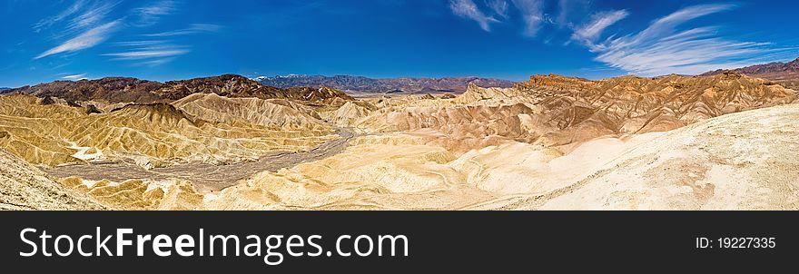 Vast Desert & Sand Dunes