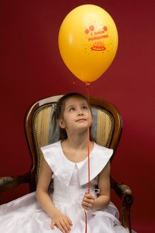 Free Little Girl With Yellow Balloon Stock Image - 19233391