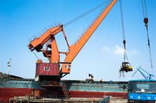Crane In Harbour Royalty Free Stock Photos