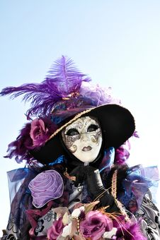 Free Venetian Costume1 Royalty Free Stock Images - 19246709