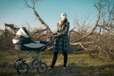 Free Mother In Gas Mask With Baby Carriage Stock Image - 19250231